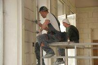 pracownicy podczas remontu