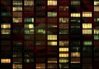 Rolety z nadrukami w oknach