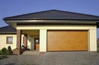 Duża liczba różnorodnych dekorów pozwala doskonale dopasować bramę do naszego domu.